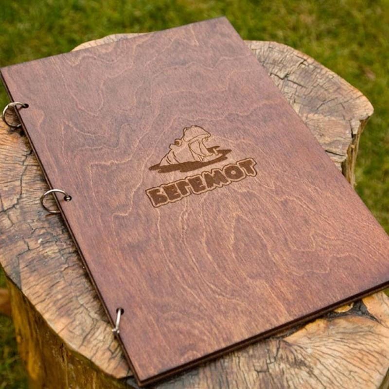 обложка для меню из дерева