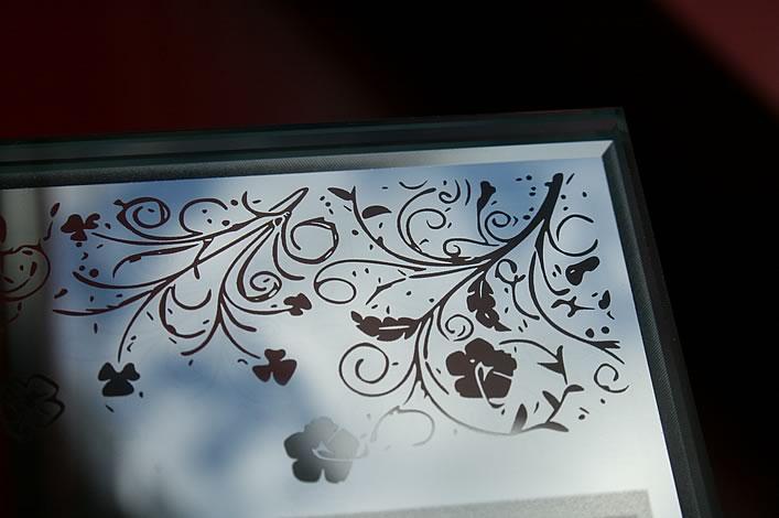 гравировка зеркала